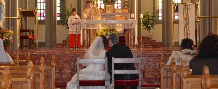 ¿Qué te otorga la Fe? «La Vida Eterna». El ingreso de Jón en la Iglesia Católica