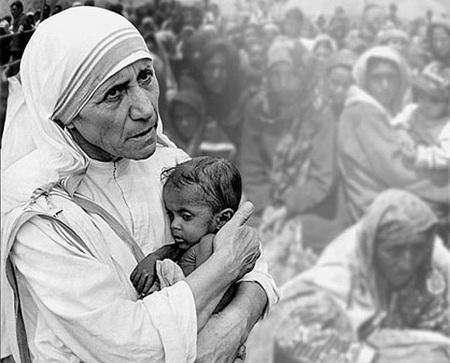 madre-teresa-Amos-pobres