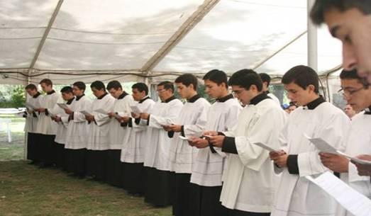 seminaristas_verbo_encarnado