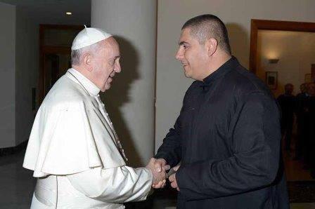 Saludos del Papa Francisco a los religiosos y a la comunidad católica de Gaza