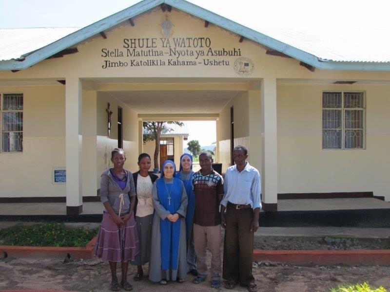 SSVM - Religiosas - Tanzania - Escuela 02