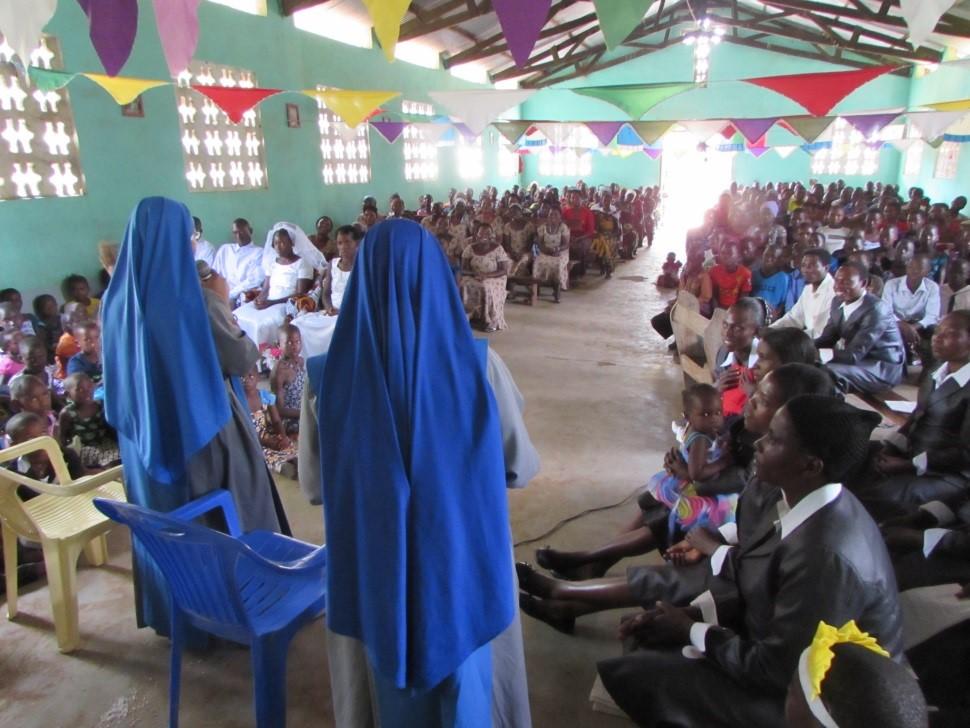 SSVM - Religiosas - Tanzania - Escuela 03