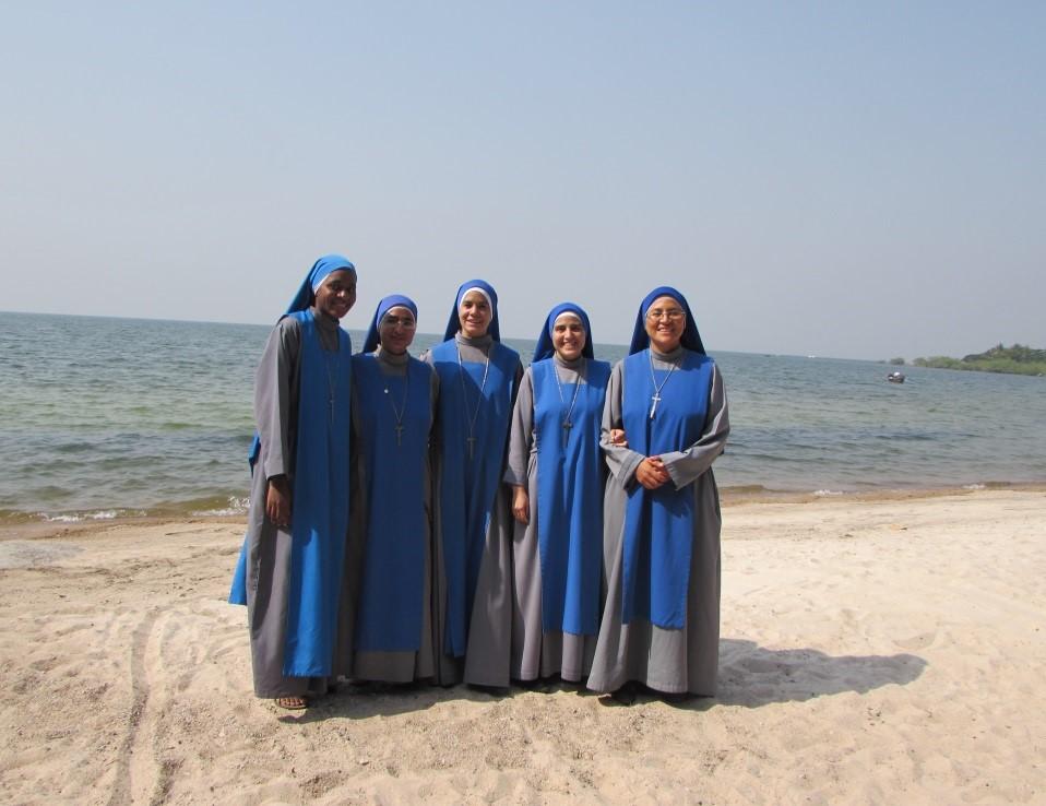 SSVM - Religiosas - Tanzania - Escuela