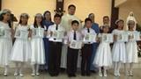 Unos 90 niños recibieron la 1ra Comunión.