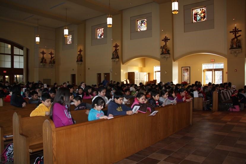 Con los niños del catecismo