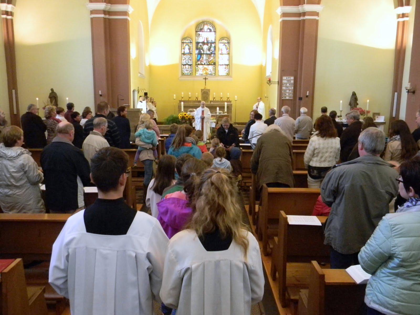 santa Misa parroquia Ruedersdorf Alemania