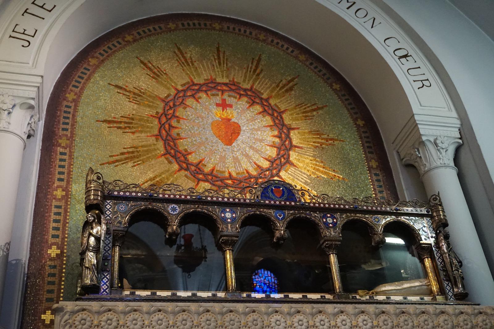 Cuerpo de Santa Margarita María de Alacoque (perteneciente a la congregación de las visitandinas)