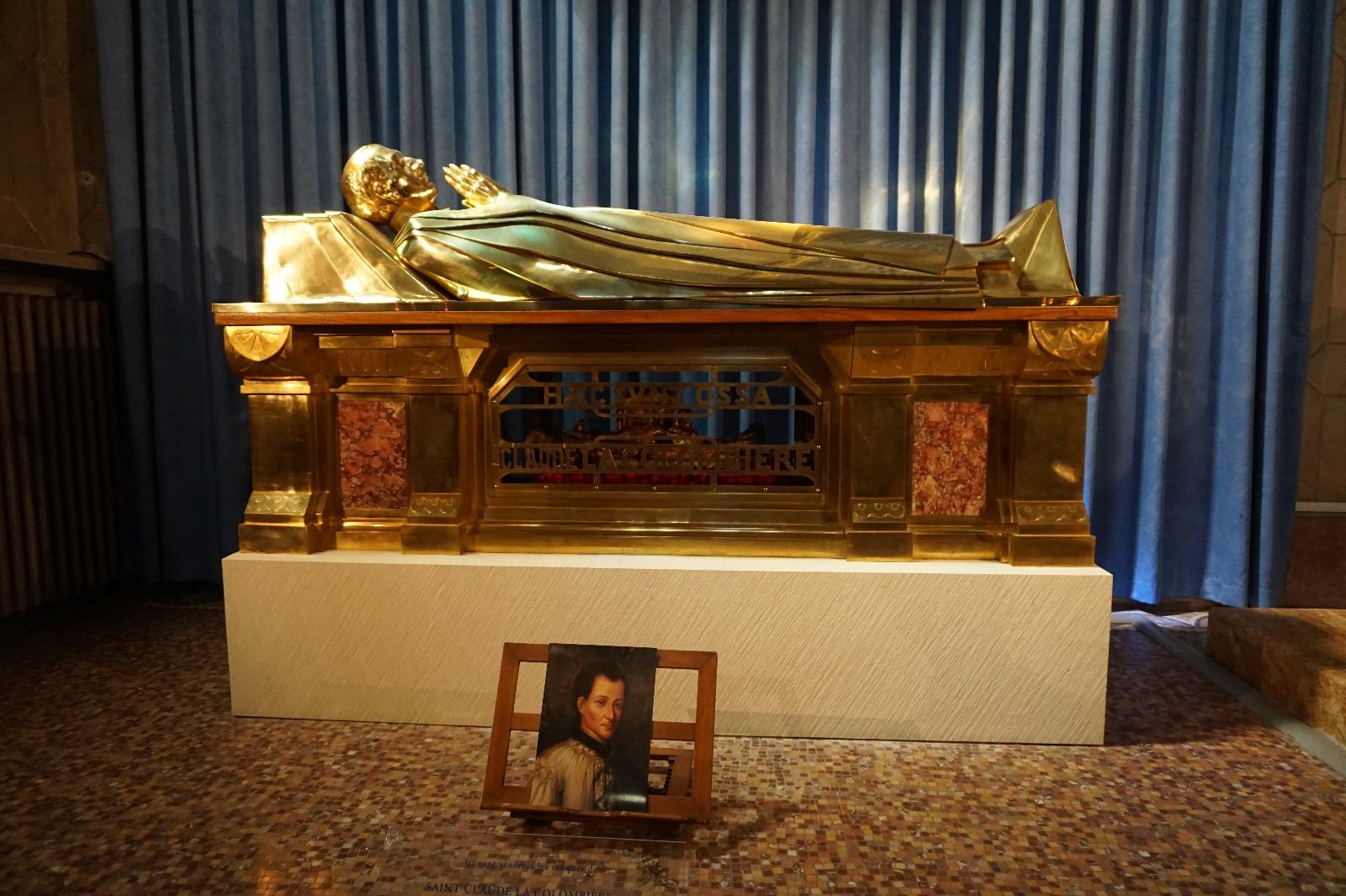 Reliquias de San Claudio de la Colombiére, director espiritual de Santa Margarita