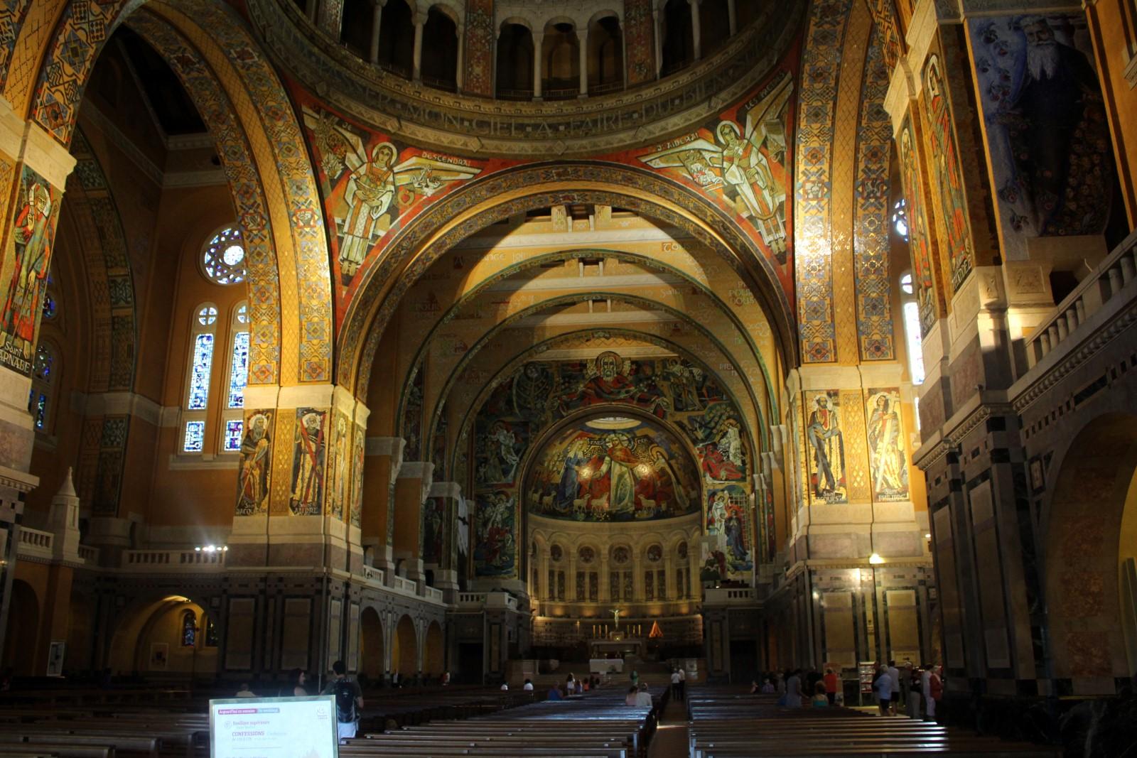 Santuario en honor de Santa Teresita
