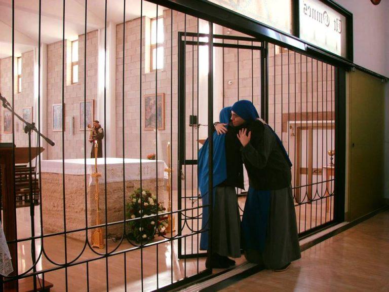 """ENTRADA EN EL MONASTERIO CONTEMPLATIVO """"BEATA GABRIELA DE LA UNIDAD"""" DE SOR MARÍA KESHILLI I MIRE"""