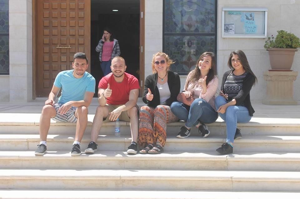 Servidoras-jovenes-pascueta-Anjara-Jordania