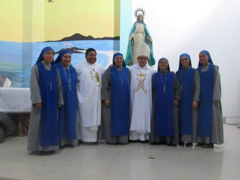 """""""Dos nuevos sagrarios en el país del Sagrado Corazón"""""""