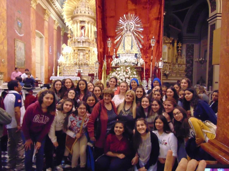 Egresadas_Colegio_Isabel_la_Catolica_Argentina