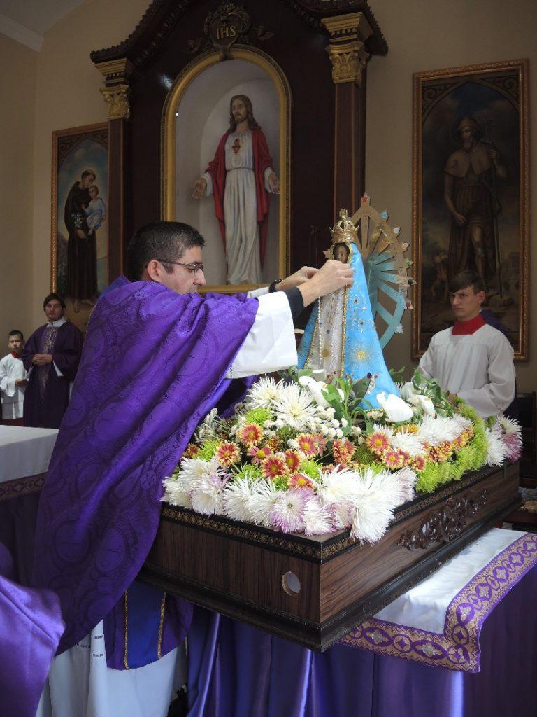 Entronización de la Virgen de Luján en Kurgán, Tajikistán