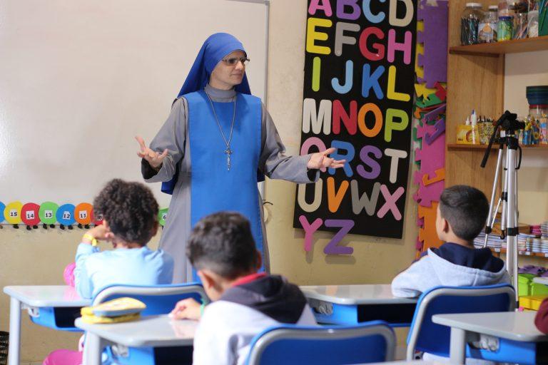 Inauguración del Colegio María Madre del Verbo Encarnado