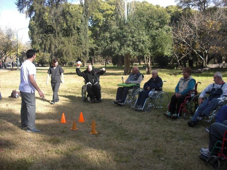 Actividades al aire libre con el grupo terapéutico