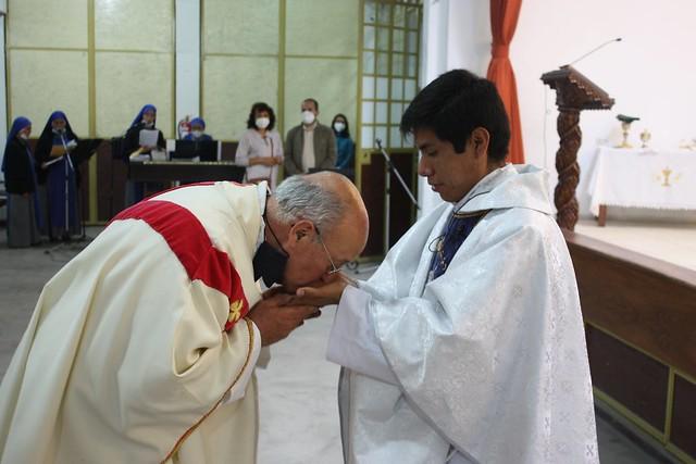 Perú - Primera Misa del Padre Augusto Quispe Cruz