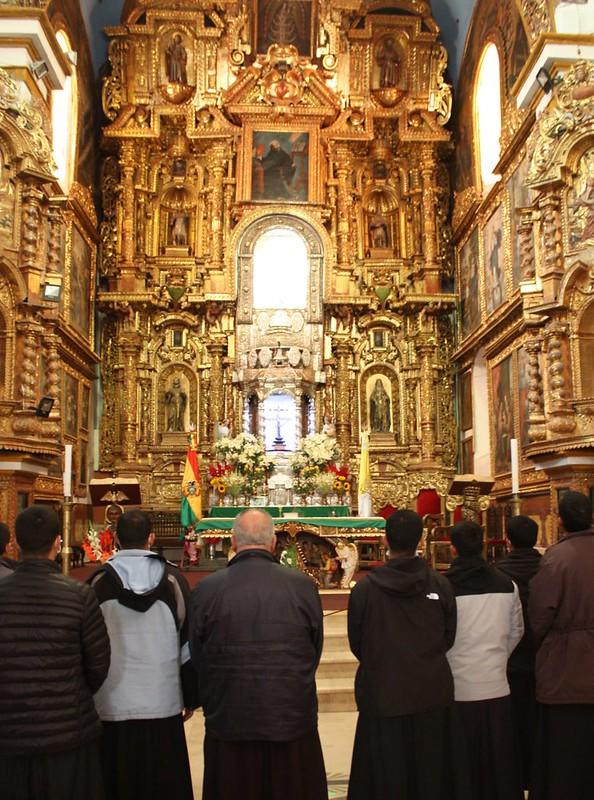 Perú - Peregrinación de los seminaristas al Santuario de Nuestra Señora de Copacabana en Bolivia