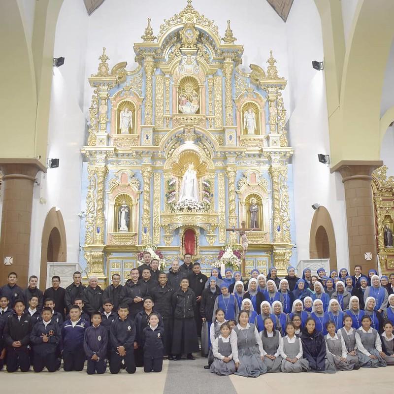 Ecuador - Peregrinación de la Familia Religiosa al Santuario Nuestra Señora de la Nube