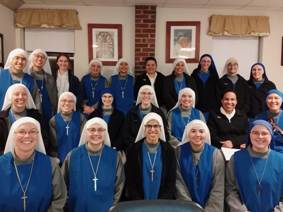 Estados Unidos - Estudio de las Constituciones del noviciado apostólico y contemplativo