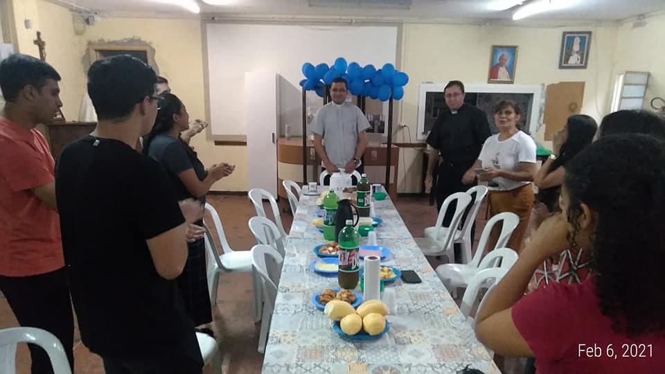 Brasil - 11° aniversario de ordenación del P. Luiz Fernando en la Parroquia Verbo Encarnado