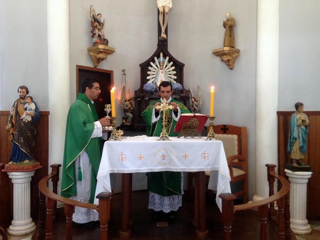 Brasil - Santa Misa con las familias en el Seminario Menor