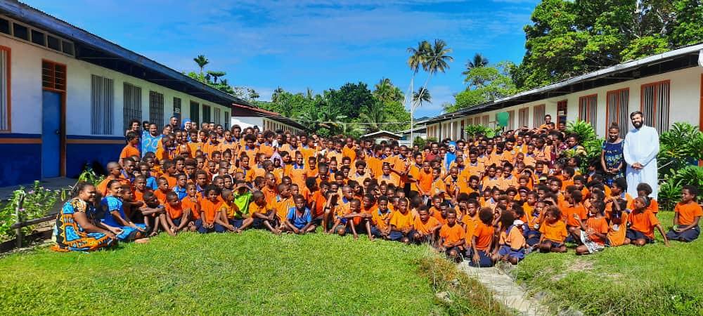 Papúa - Inicio del año académico