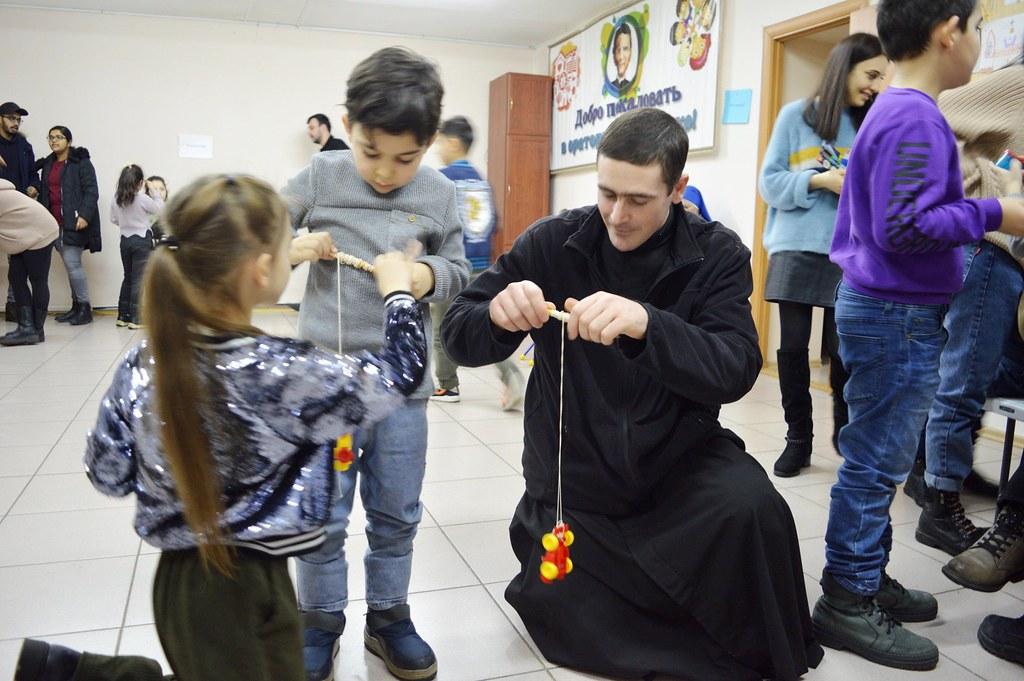 Rusia - Juegos en la fiesta de San Juan Bosco