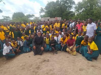 Tanzania - Crónica - Agua para un colegio secundario