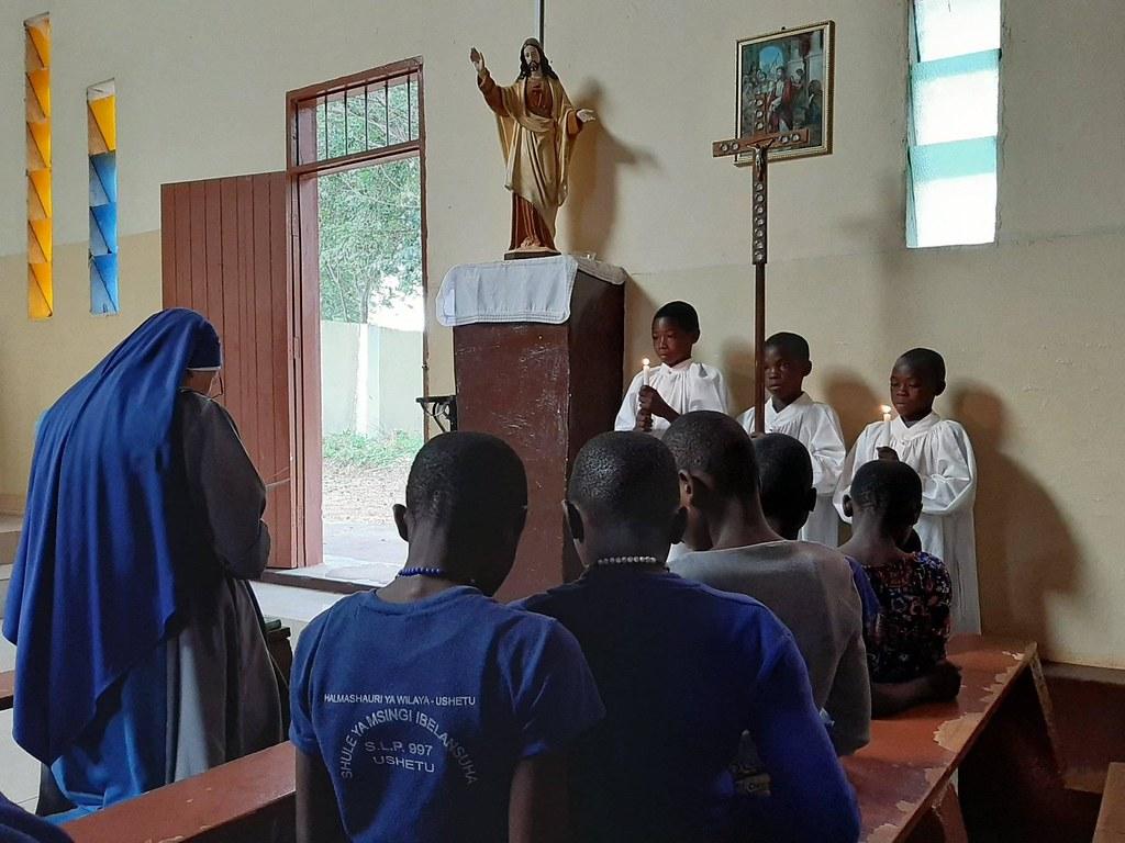Tanzania - Via Crucis