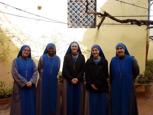 España - Entrada de la Hna. Maria Regina Familiae al Monasterio de Alcoy