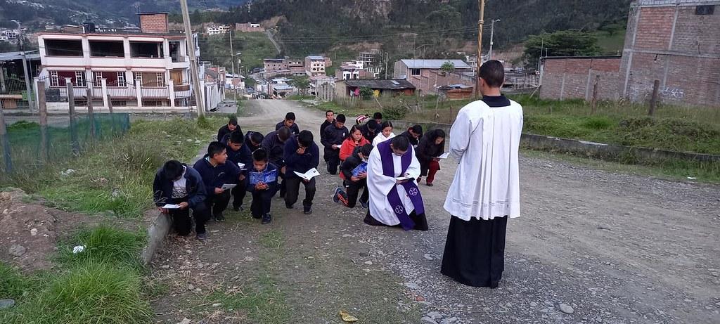 Ecuador - Via Crucis en el Seminario Menor