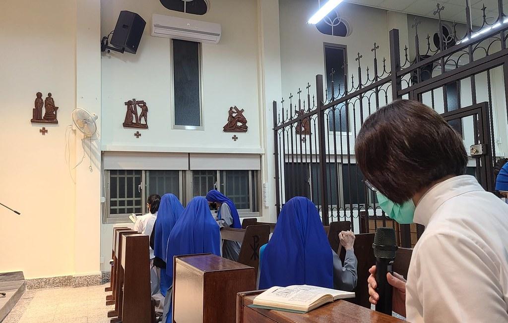 Taiwan - Via Crucis en el Monasterio Nuestra Señora de Sheshán