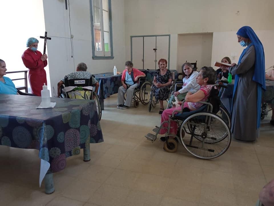 Argentina - Via Crucis en el Hospital Geriátrico de Rosario