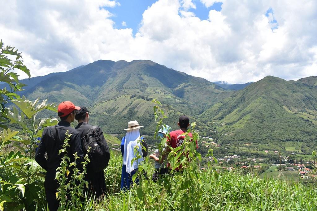 Ecuador - Caminata con los jóvenes