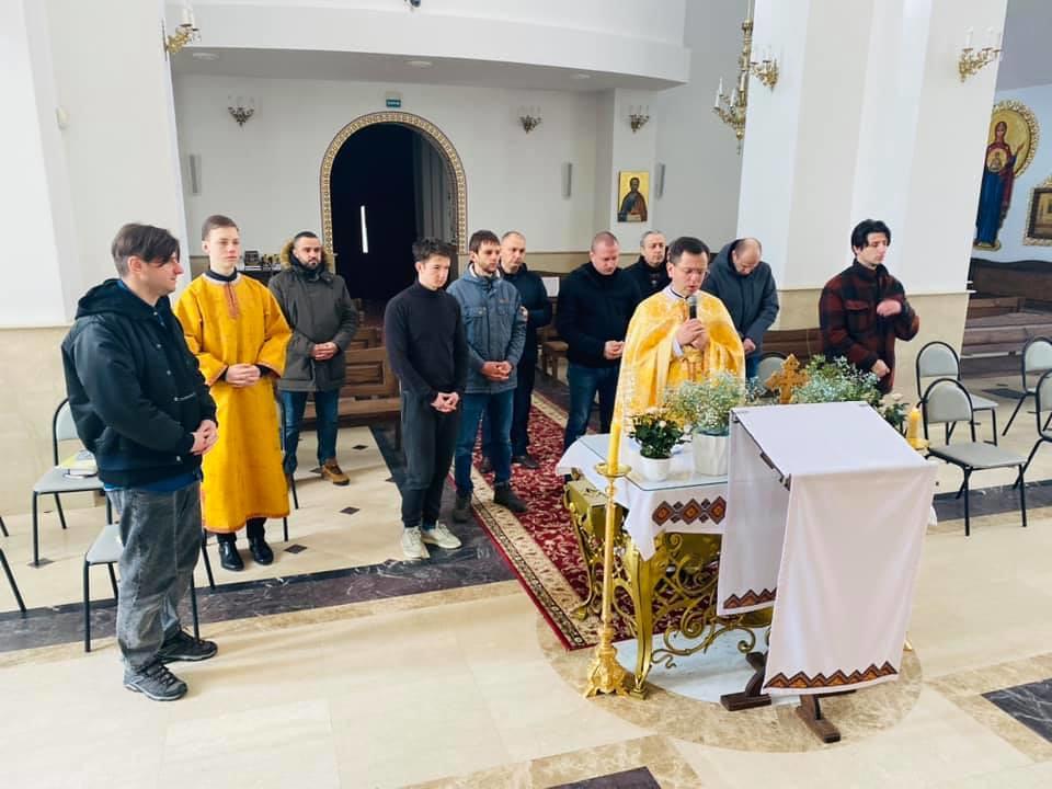 Ucrania - Ejercicios Espirituales para varones