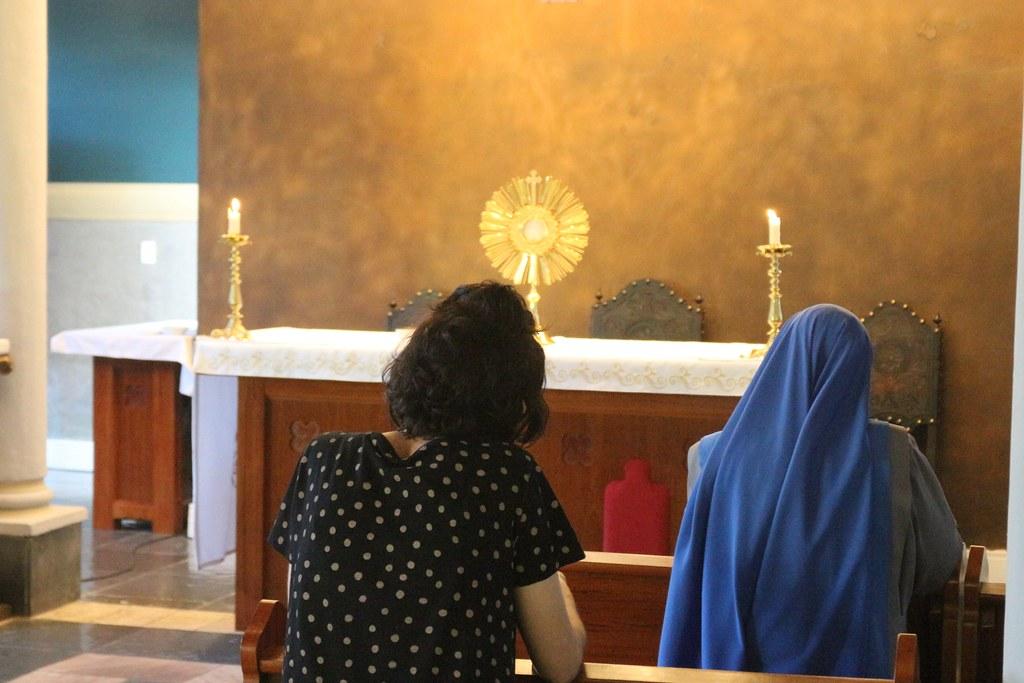 Brasil - Apostolado de adoración al Santísimo Sacramento en la Universidad Ítalo Brasileiro