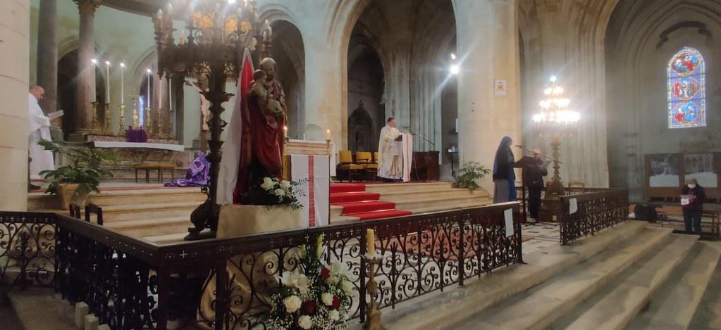 Francia - Celebración de San José en Saintes