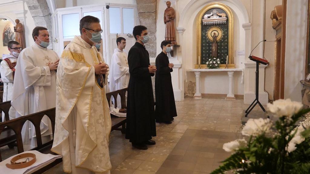 España - Imposición del hábito monástico