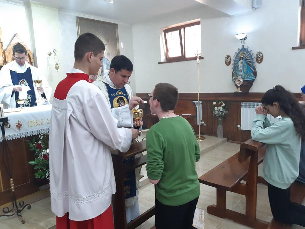 Kazajstán - Vigilia Pascual y Primera Comunión