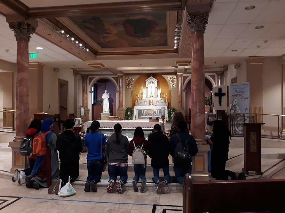 Estados Unidos - Peregrinación con los jóvenes a San Juan Neumann en Philadelphia