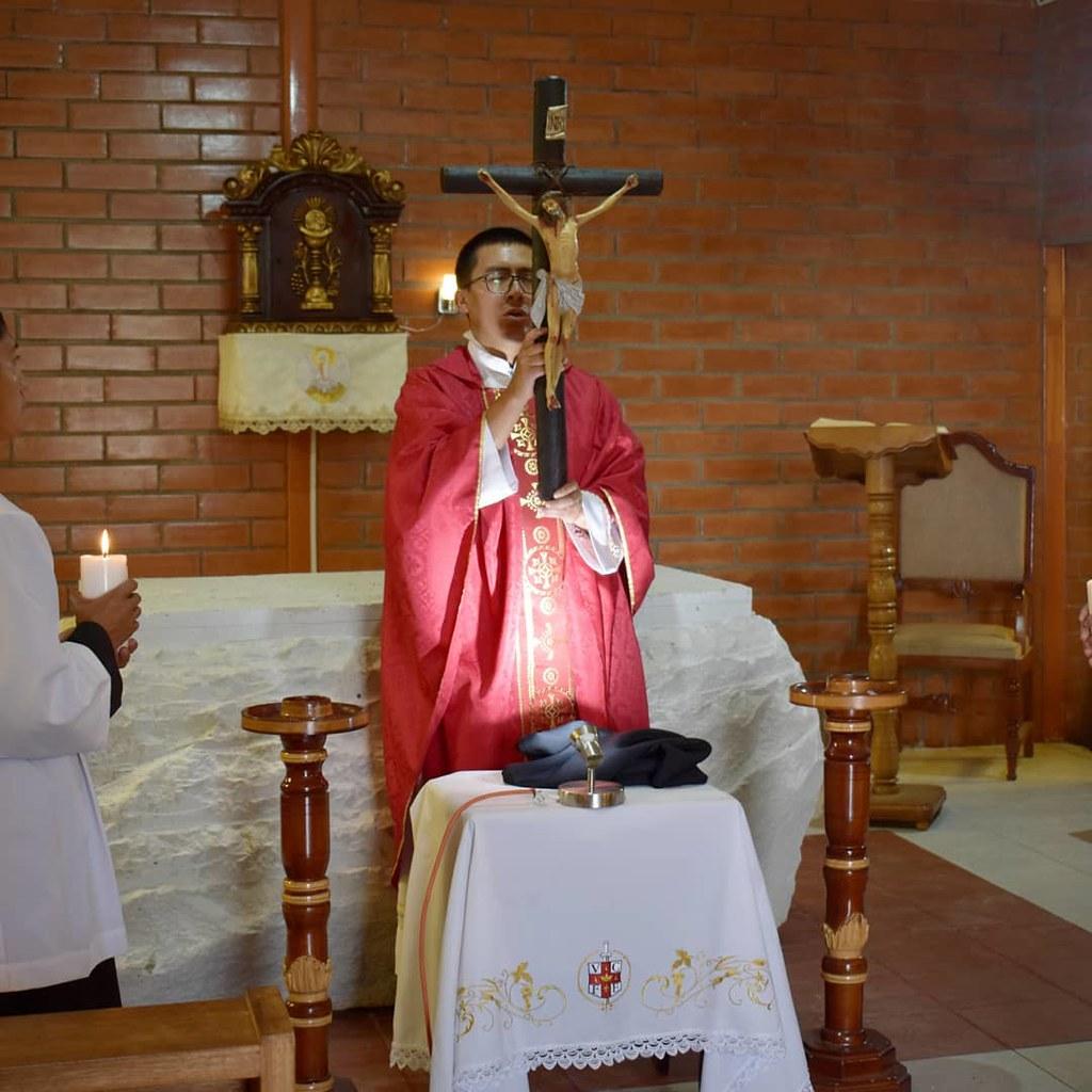 Ecuador - Viernes Santo en el Noviciado