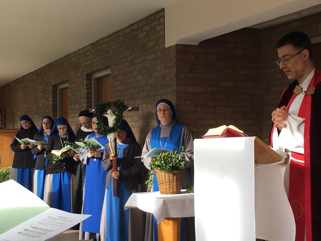 Holanda - Domingo de Ramos en el Monasterio