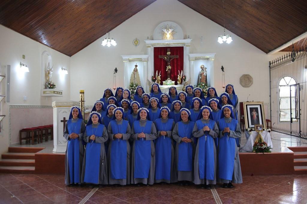 Brasil - Profesión religiosa de 32 hermanas