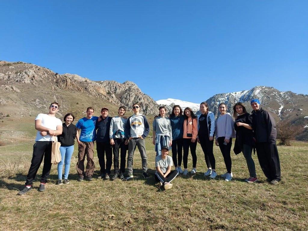 Kazajstán - Salida con las Voces del Verbo