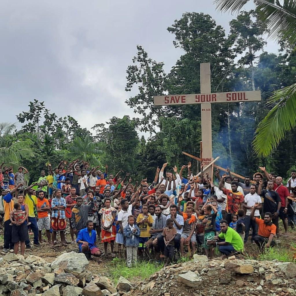 Papúa - Misión en Paipai