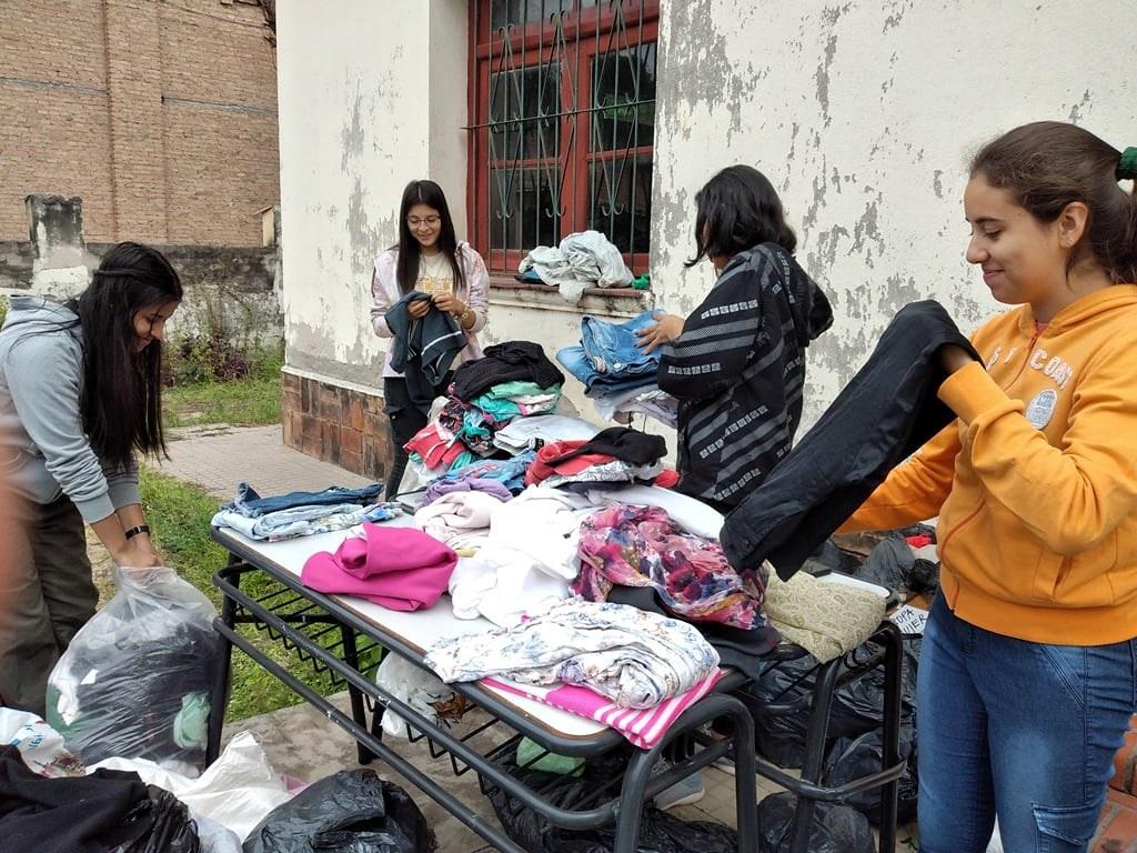 Argentina - Obra de caridad de las Voces del Verbo en Suncho Corral