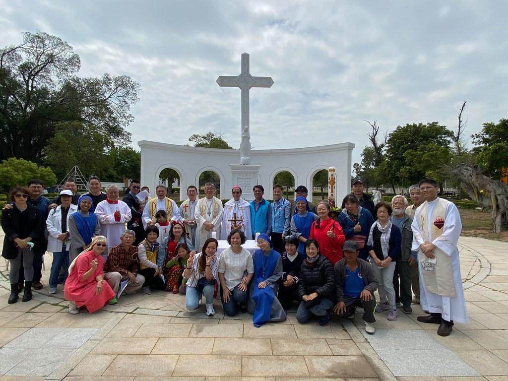 Taiwan - Visita de dos Obispos a nuestra misión en Kinmen