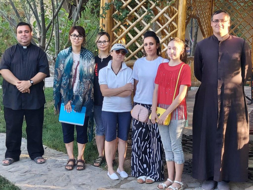 Uzbekistán - Primeros Ejercicios Espirituales para mujeres en Samarcanda