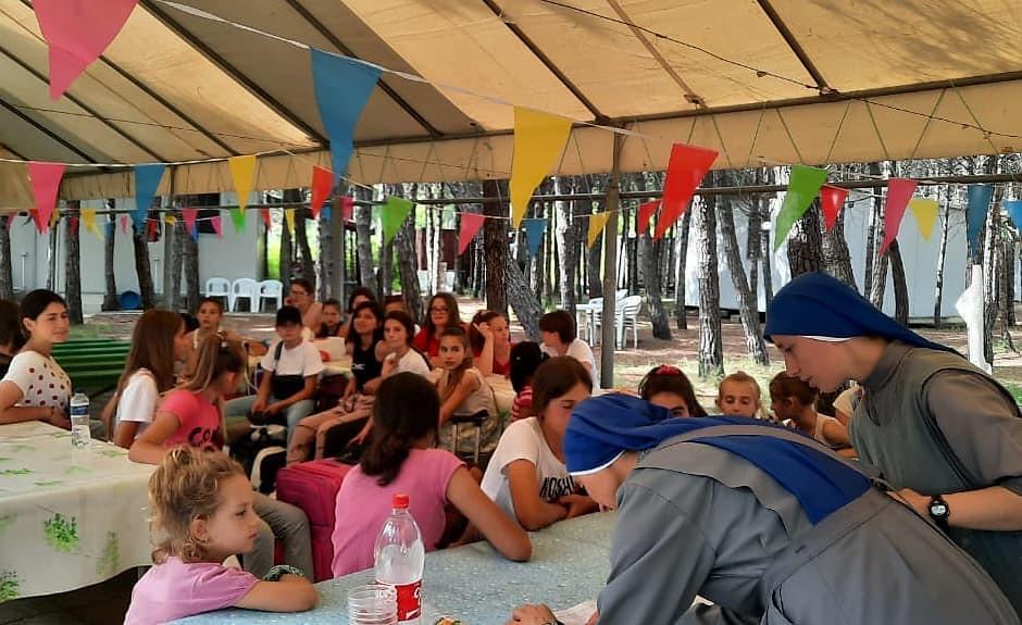 Albania - Campamento de Verano